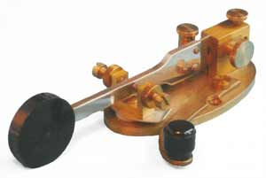 Image of a sideswiper Morse key showing how it is able to use a side to side action