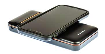 Charging an electronic device (in this case a smartphone) using a wireless charging power bank